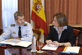 La ministra de Defensa se reune con el JEMAD en la sede del Estado Mayor de la Defensa