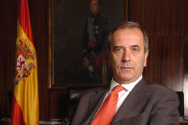 El ministro de Defensa, José Antonio Alonso