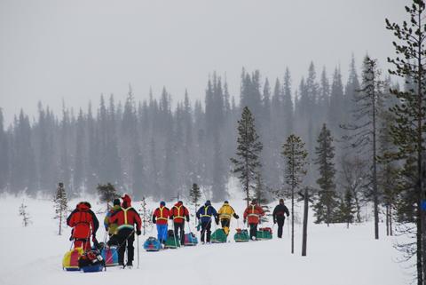 Imagen de los expedicionarios en plena marcha